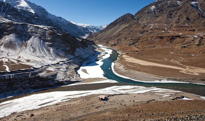 zanskar-river-ladakh